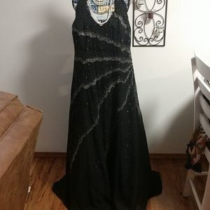 Dresses & Skirts - Jewel black beaded Dress